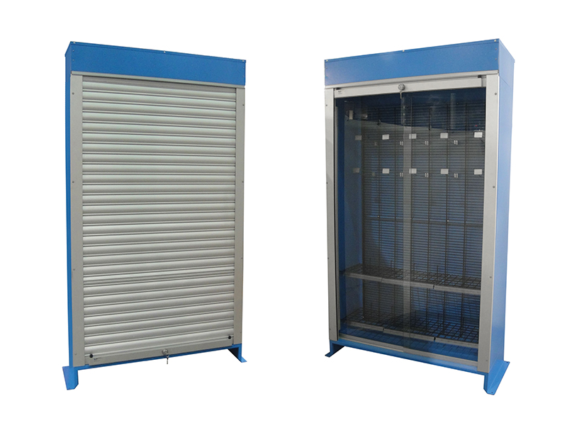 Indoor / Outdoor Displays - Pan-Oston